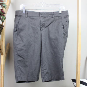 Vince size 8 Gray Bermuda Shorts Buckle Detail